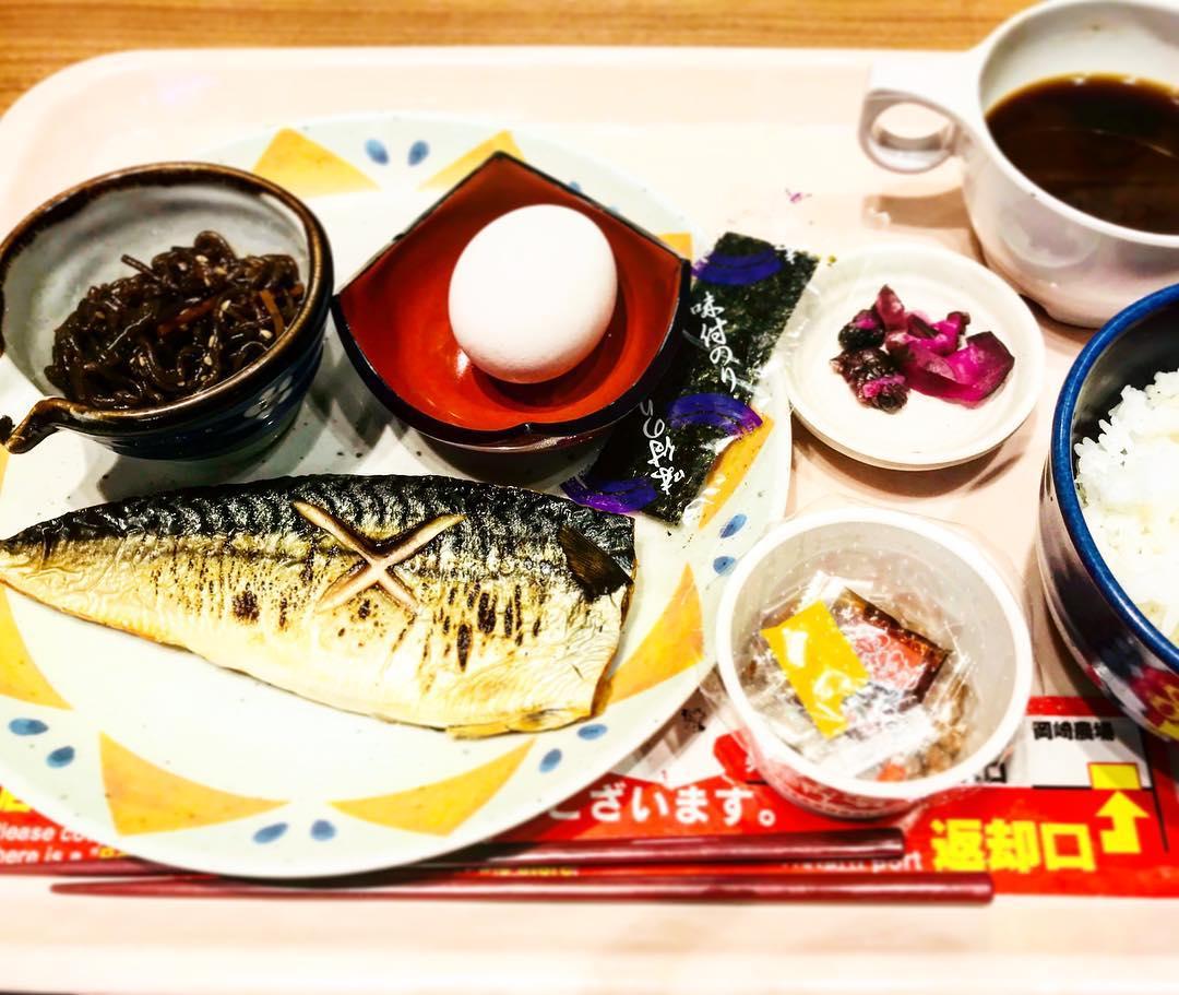 12月初旬に朝定食が変わります!