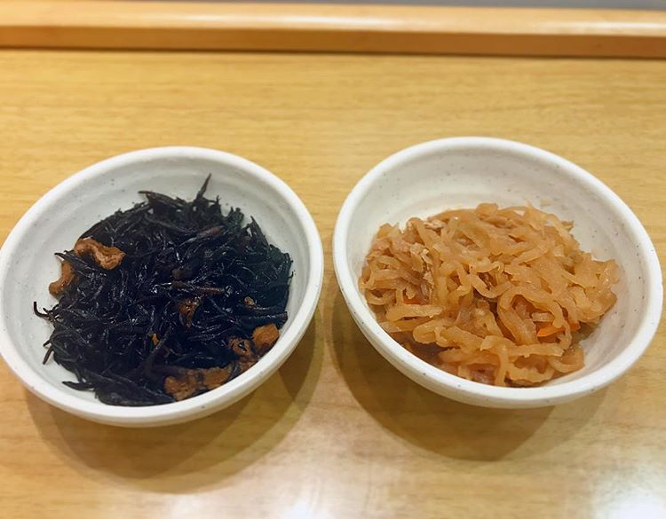 小鉢食堂 かわいい100円小鉢から人気の2品!